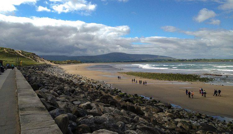 <b>Strandhill Beach</b>